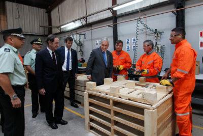 Piñera anunció 500 cupos de empleo con contrato para internos