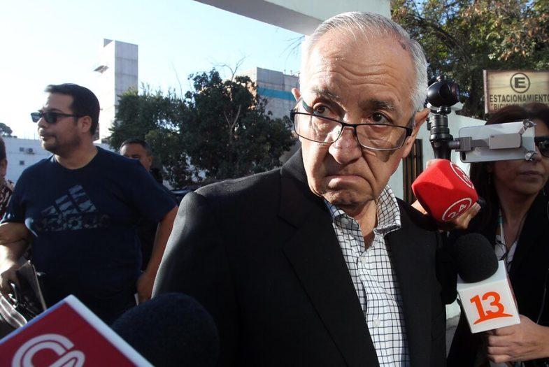 Tito Rivera llega a Fiscalía de Rancagua a declarar por violación