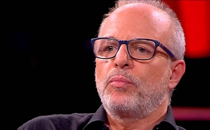 """""""Lamentablemente ahora no lo encuentro"""": Alberto Plaza intenta dar explicaciones al ser encarado por Jadue tras viralizar noticia falsa"""