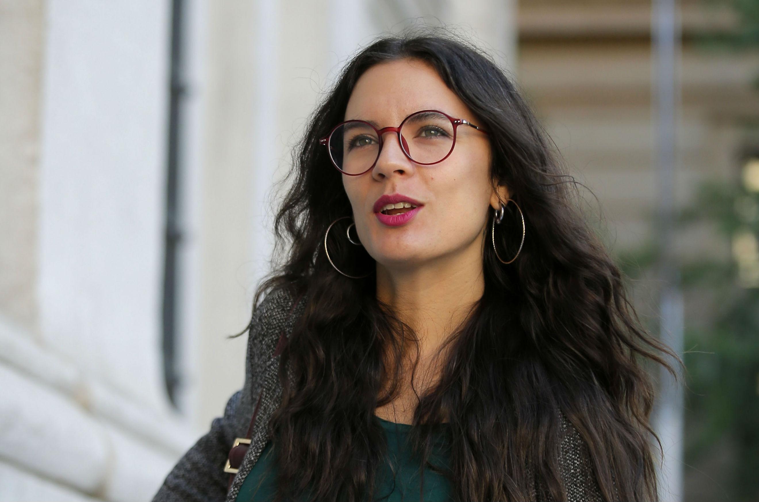 """""""Camila Vallejo celebra suspensión del alcalde Carter citando la frase del momento de Chile Vamos"""""""