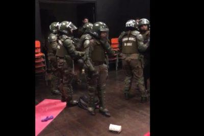 """Futbolista chilena condena el """"violento"""" desalojo del Campus Oriente de la UC: """"Lo peor es que va autorizado por el Rector"""""""