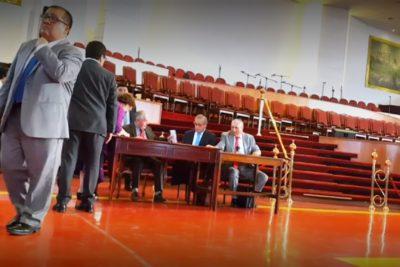 """Reportaje de Informe Especial sobre negocios del obispo y el diputado Durán destronó a """"Pasapalabra"""" en el rating"""