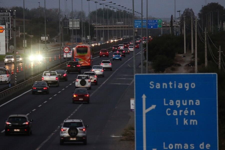 """Automóvil Club de Chile encuentra """"escandaloso"""" los 21 muertos del fin de semana"""