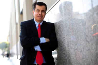 Diputado Celis acusa que superintendente obtuvo créditos simultáneos por $884 millones