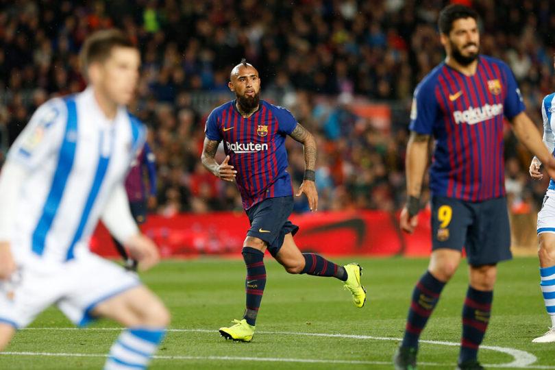 Vidal brilla en nuevo triunfo del Barcelona frente al Alavés