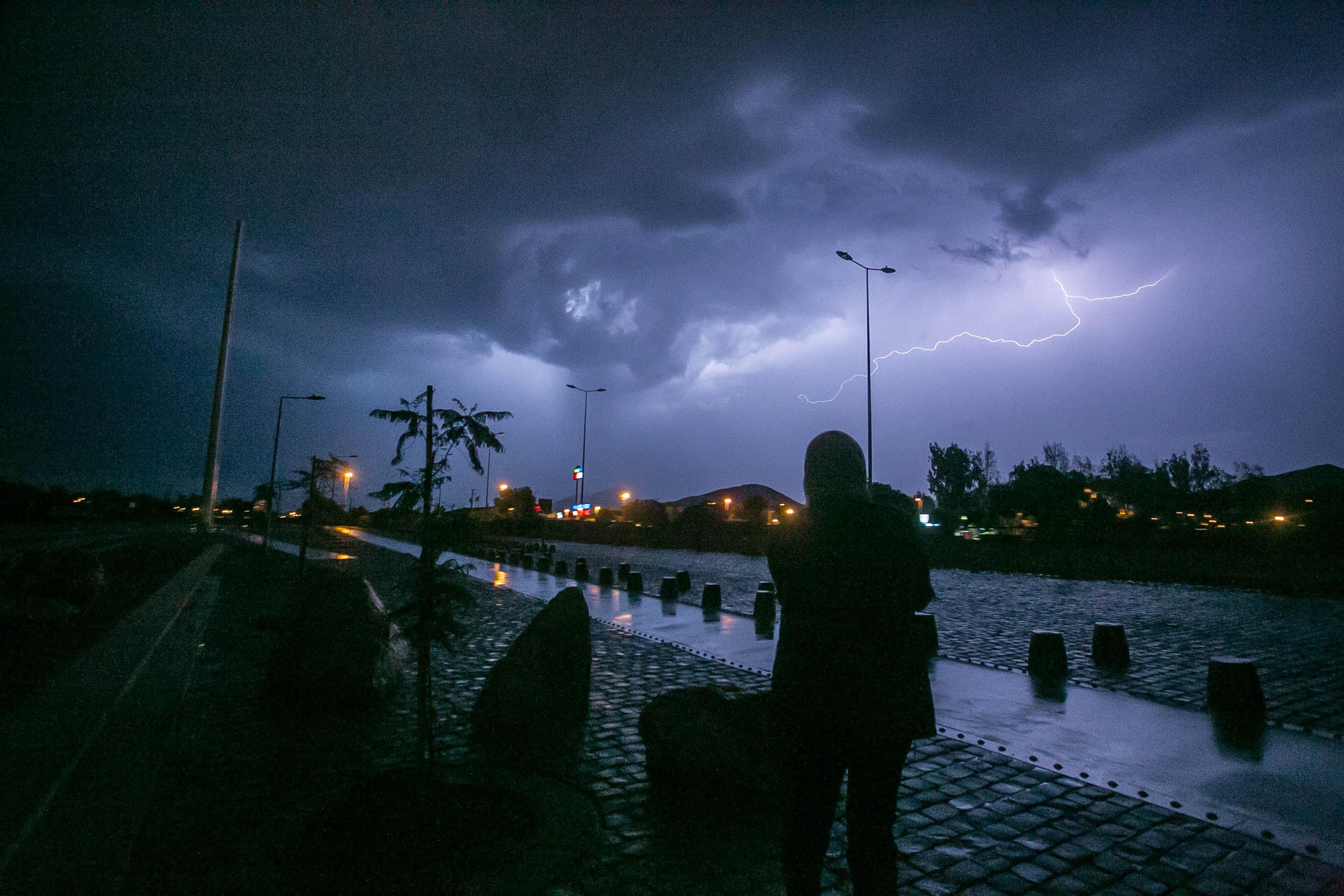 Aviso de tormentas eléctricas entre Coquimbo y O'Higgins