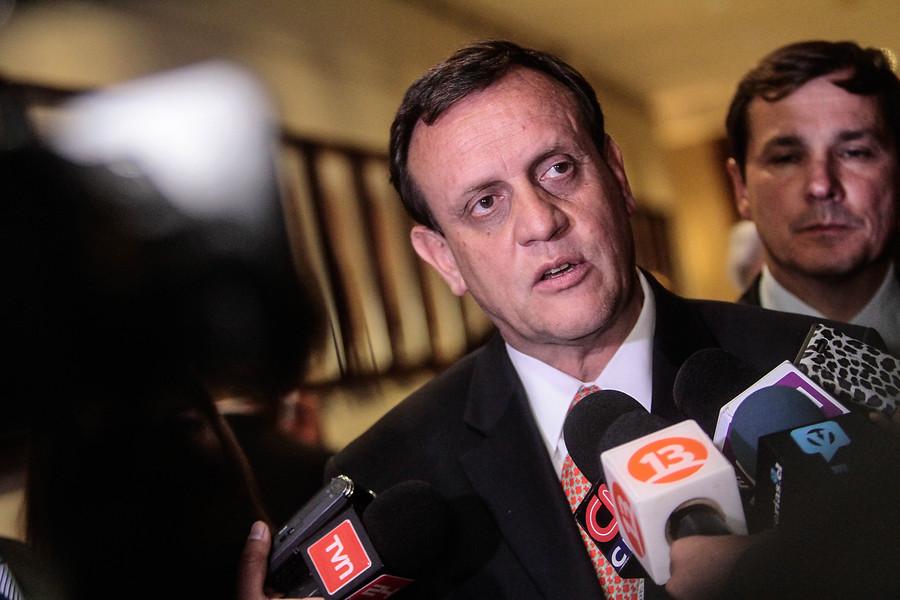 """Rector UC y críticas de Frei por muerte de su padre: """"Habló extensamente enlodando a nuestra institución"""""""