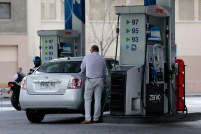 Precios de las bencinas subirán por séptima semana consecutiva