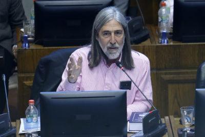 """Juan Pablo Letelier acusa """"campaña orquestada"""" tras difusión de fotografía con suspendidos ministros de Rancagua"""