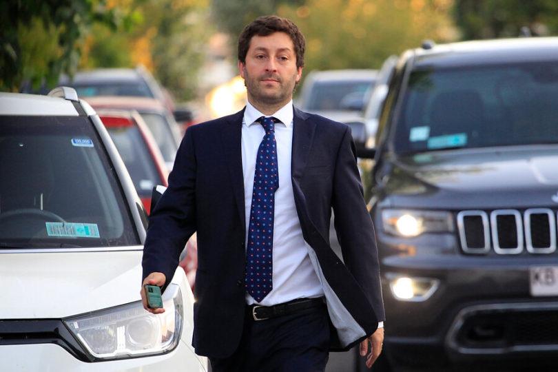 """Diputado Coloma por las críticas a Chadwick: """"¿No dicen que el abogado del ministro Elgueta es comunista?"""""""