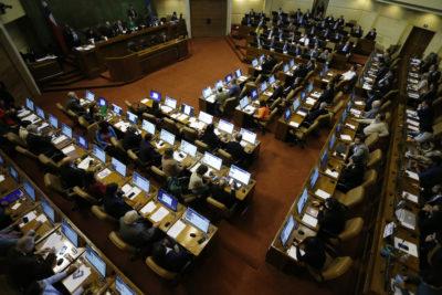 "Presentan proyecto de ley para prohibir iniciativas ""inútiles"""