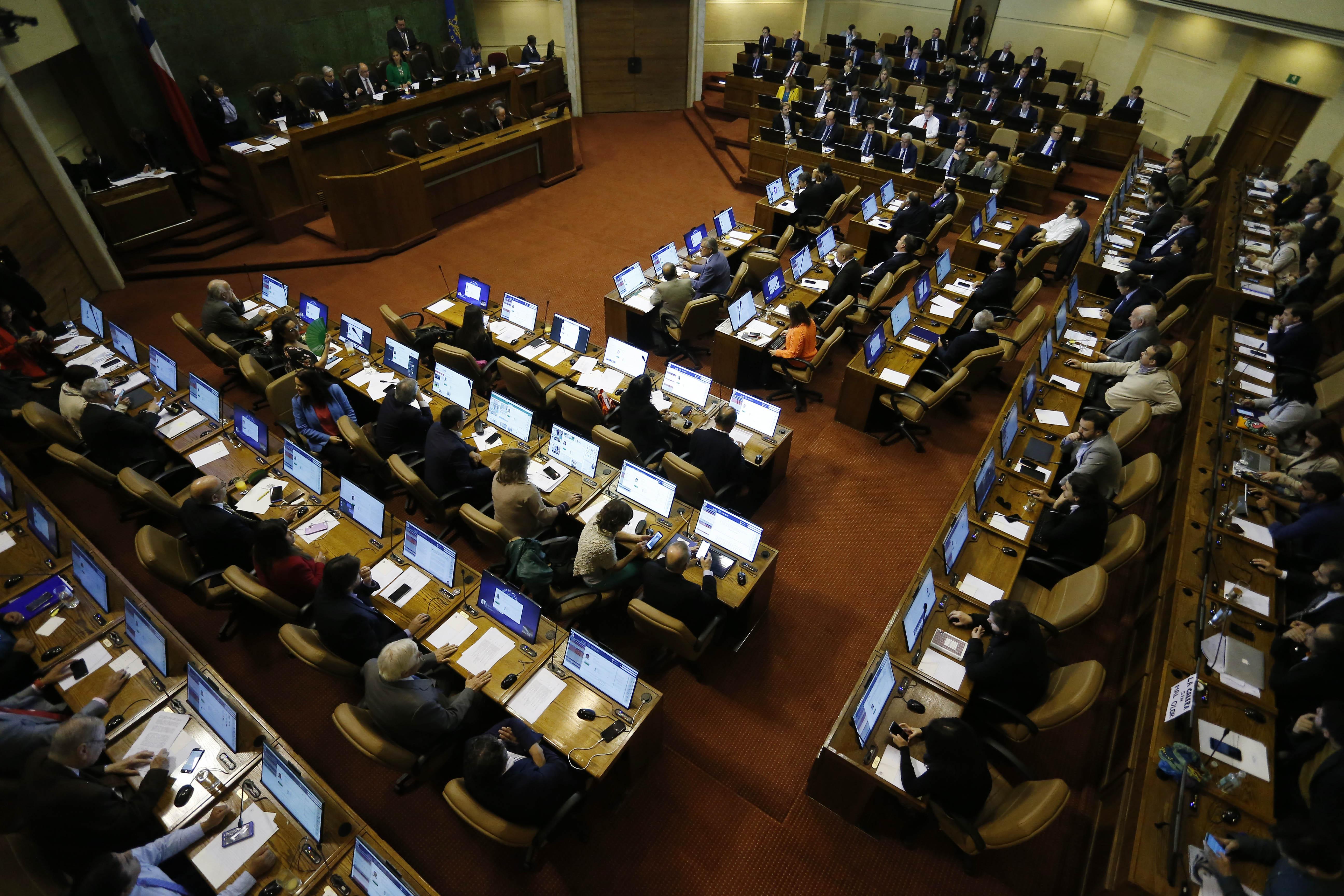 Cámara eliminó secreto de confesión en delitos a menores