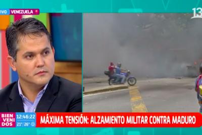 """""""Tenga un poquito de respeto"""": rostro de prensa de Canal 13 frena en cámara a ex diputado venezolano que criticó cobertura"""