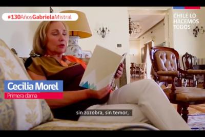 """""""Nuevos ricos y dudoso gusto"""": Pamela Jiles cuestiona video de Cecilia Morel leyendo a Gabriela Mistral y le llueven las respuestas"""