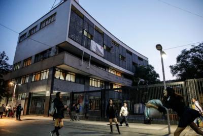 Apoderados del Instituto Nacional recurrirán a la justicia para repetir votación