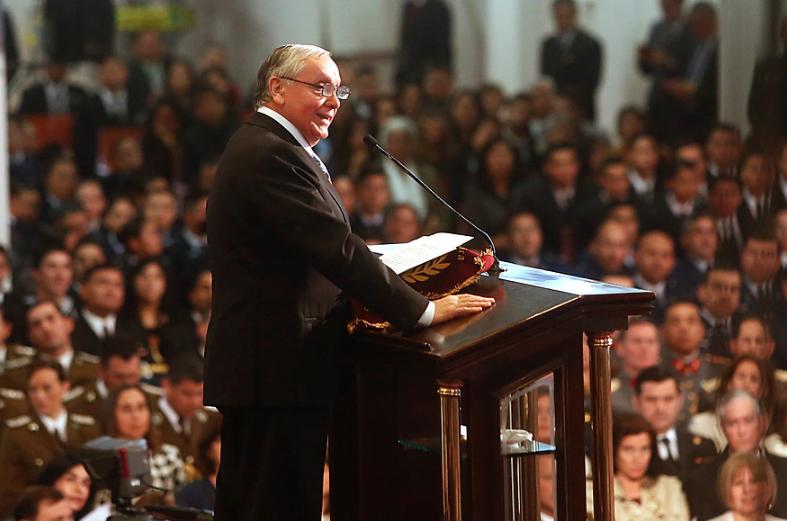 Comunidad evangélica pide renuncia inmediata de obispo Eduardo Durán