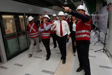 La meta que solicitó Sebastián Piñera al presidente del Directorio de Metro