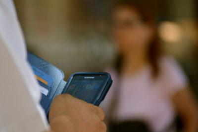 Recibió más de 220 llamadas: hombre ganó demanda a banco por acoso de cobranza