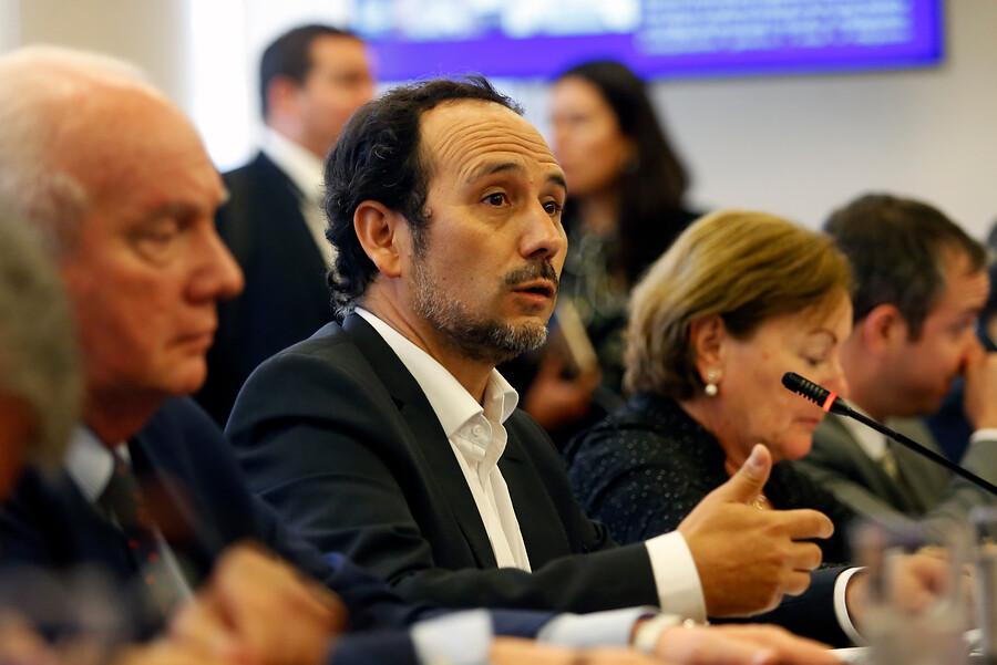 """Diputado Núñez asegura bloque opositor quedó """"herido de muerte"""" tras decisión de la DC"""