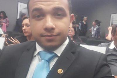 Diputado brasileño de extrema derecha atacó a colega transexual y comunidad LGBTI destapó su homosexualidad