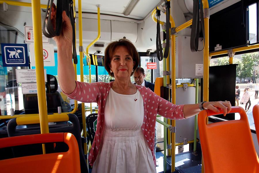 """""""Ministra Hutt destaca desempeño del transporte público en medición de eficiencia"""""""