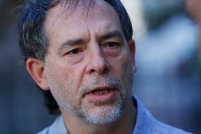Senador Girardi propone requisitos más rigurosos para las salmonícolas
