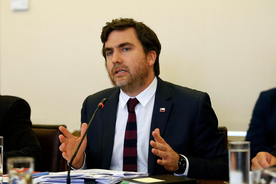 """""""Hacienda: el 1% de las inversiones sobre US$10 millones se quedará en regiones"""""""