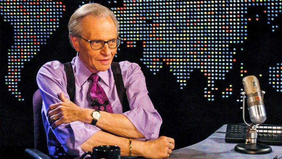 """""""Larry King es hospitalizado de urgencia tras sufrir ataque cardíaco"""""""