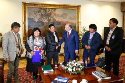 Presidente de la Cámara recibió a Marcelo Catrillanca y a comuneros de Temucuicui