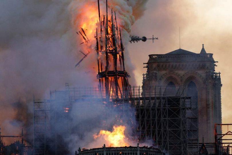 """Macron e incendio de catedral de Notre Dame: """"La reconstruiremos"""""""