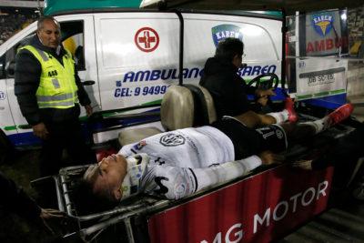 Gabriel Suazo terminó en el hospital tras dura patada en la cabeza