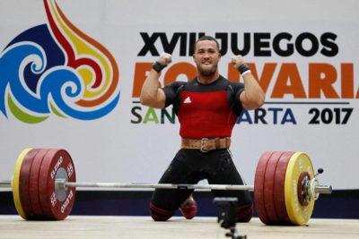 Arley Méndez brilló como tricampeón Panamericano de Levantamiento de Pesas