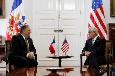 """Piñera reiteró a Pompeo """"salida democrática y pacífica"""" para crisis de Venezuela"""