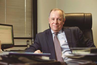 Rafael Caviedes renuncia a la presidencia de la Asociación de Isapres