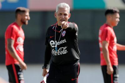 Reinaldo Rueda abrió las puertas de la Roja a Claudio Bravo y mira de reojo a Eduardo Vargas