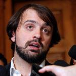 """Parlamentarios de RN denunciaron a Jorge Sharp por """"notable abandono de deberes"""""""
