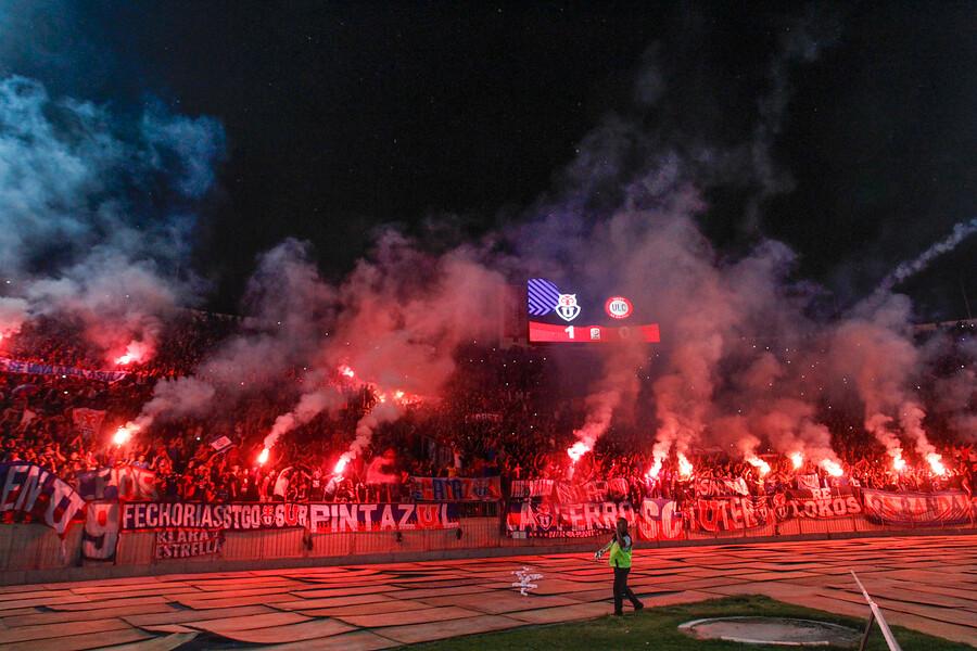"""""""Castigan a la Universidad de Chile con galerías vacías en Estadio Nacional por dos partidos"""""""