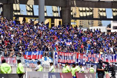 Hinchas de la U denunciaron que no había agua potable en estadio de Antofagasta