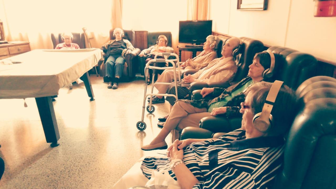 """""""Sonoterapia para adultos mayores: el proyecto que busca mejorar su calidad de vida"""""""