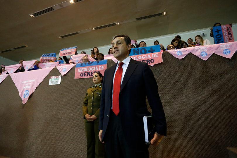 Piden a Comisión de Ética investigar ingresos de diputado Durán