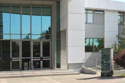 Admisible recurso de funcionaria PDI a la que se le negó aborto en Hospital de Carabineros