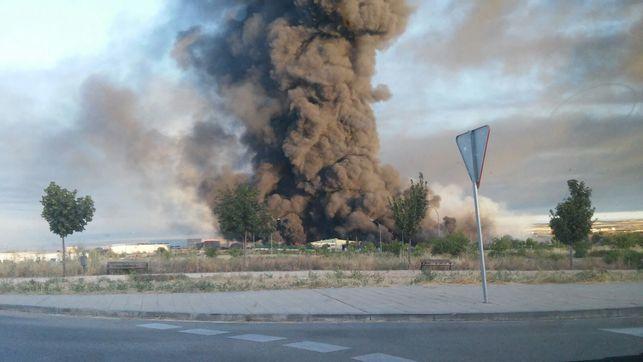 Suspenden clases en Lampa y Colina por incendio