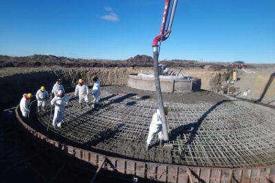 Concluye etapa clave del nuevo Parque Eólico en Magallanes: el hormigonado de las bases para los tres aerogeneradores