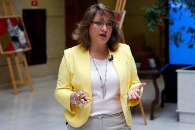 """Diputada Parra (PPD) acusa populismo del Presidente por llamado al """"patriotismo"""""""