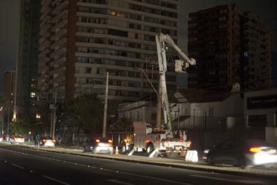 Enel: aún quedan 11.950 clientes sin servicio eléctrico en la Región Metropolitana