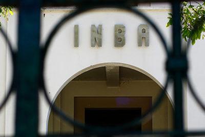 INBA: apoderados denuncian suspensión de clases por falta de profesores