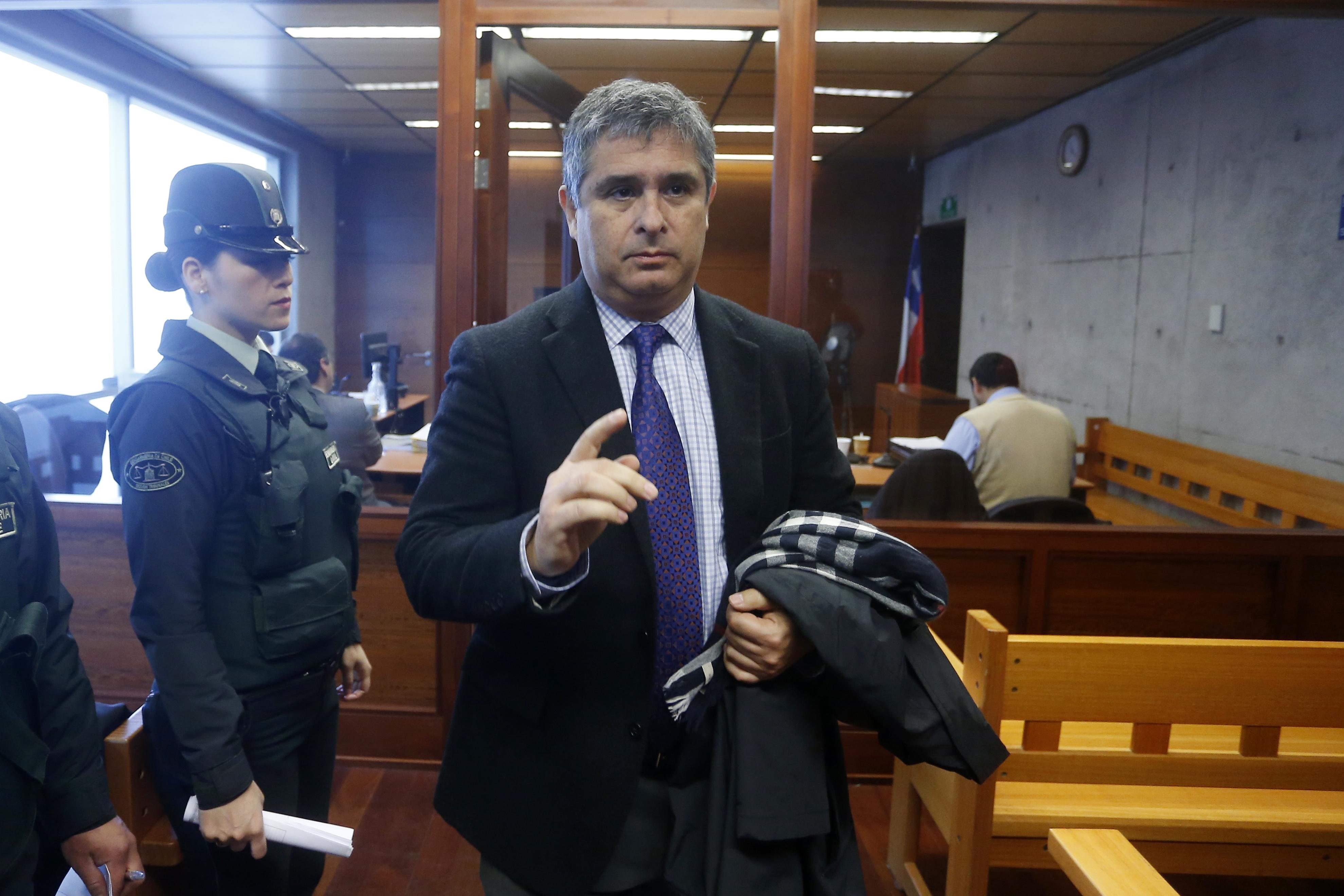 """""""""""Tenía un apodo"""": abogado de denunciante de Renato Poblete explica por qué este caso """"supera a Karadima"""""""""""