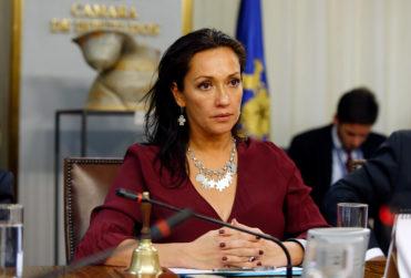 Diputada Marisela Santibáñez habla de los costos de su operación por tener Fonasa y responde críticas por sus licencias