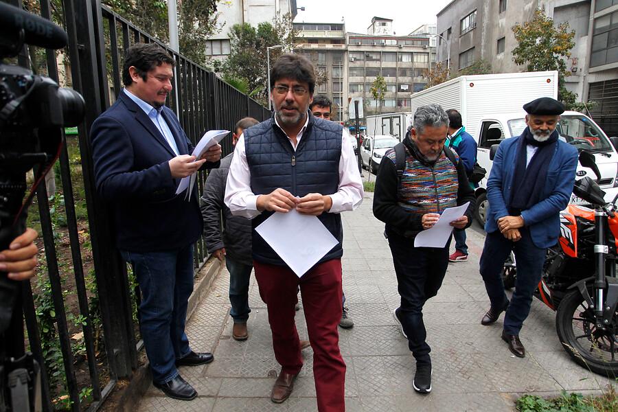Recoleta lidera municipios que buscan licitar su consumo eléctrico y bajar un 30% en cuentas