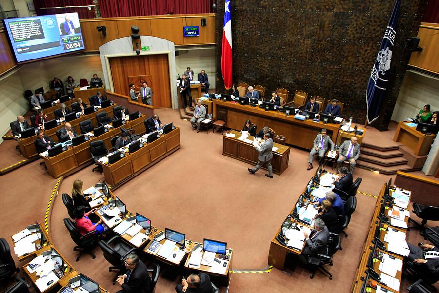 Senadores gastaron $5 millones en combustible durante receso de febrero